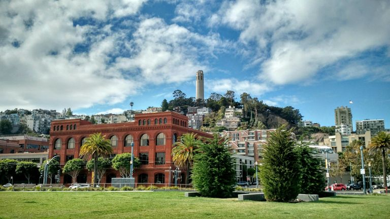 Hey, there's Coit Tower.