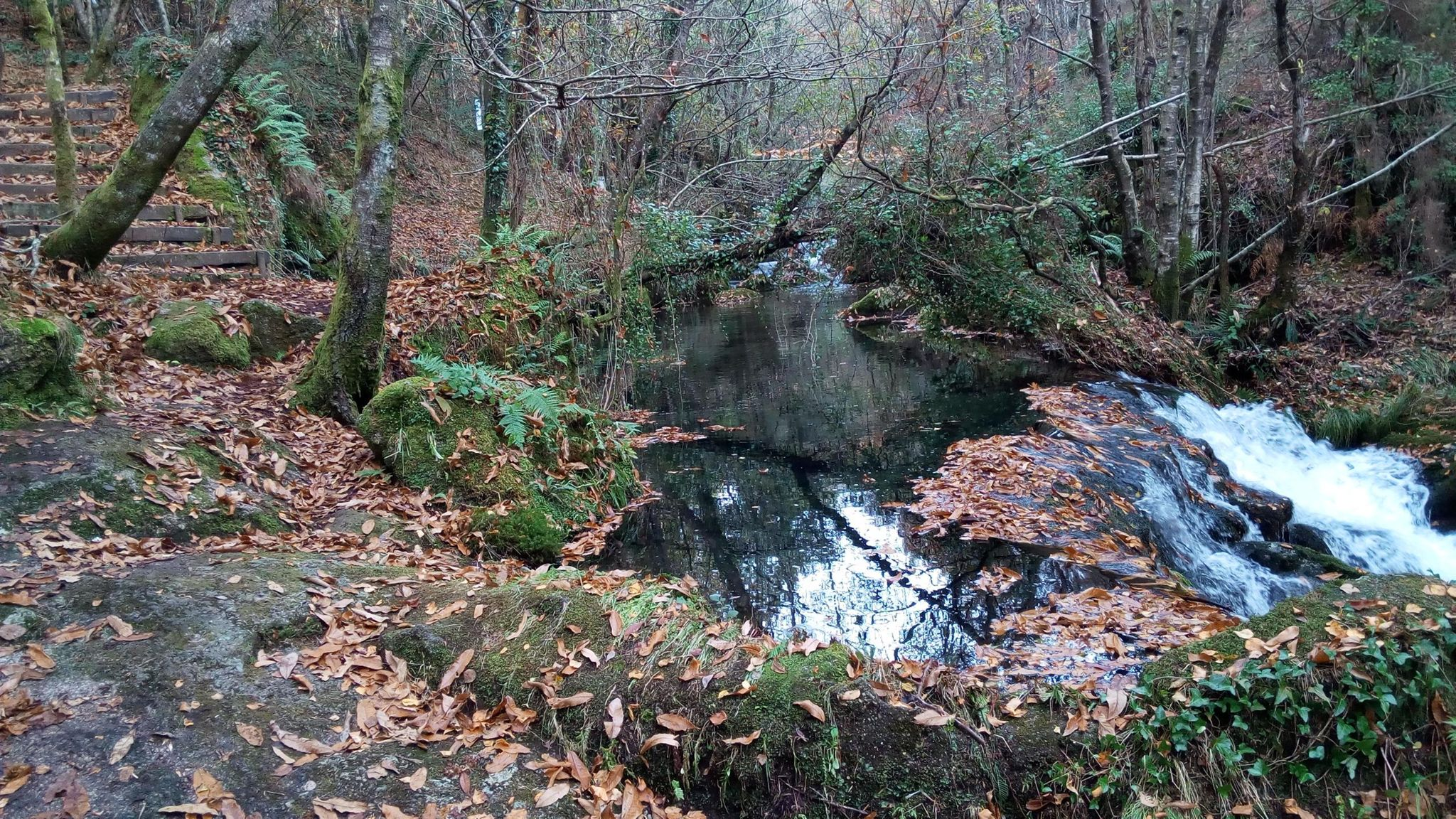 río Sesín, parque etnográfico. km 18.5